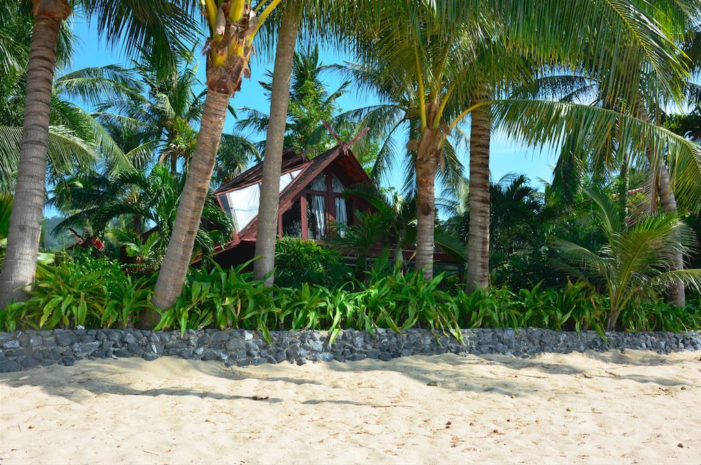 Виллы на пляже в Таиланде